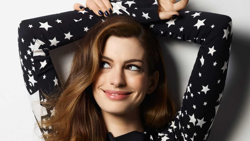 Anne Hathaway Theme Preview Image