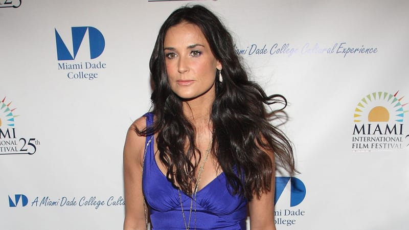 Demi Moore Theme Preview Image